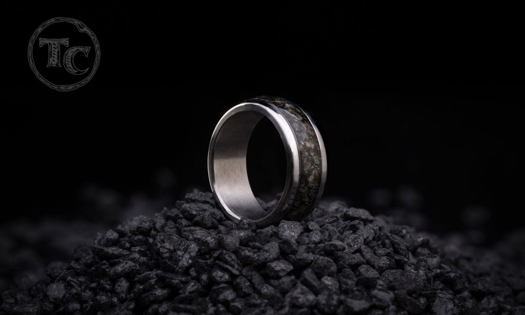 Rings_Hiili_WEB